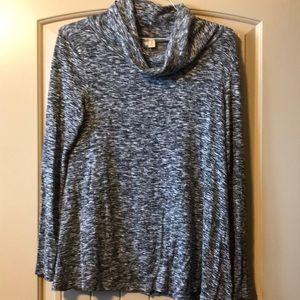 Alya long sleeve shirt size M